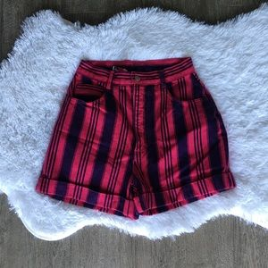 Vintage high waisted pink striped shorts